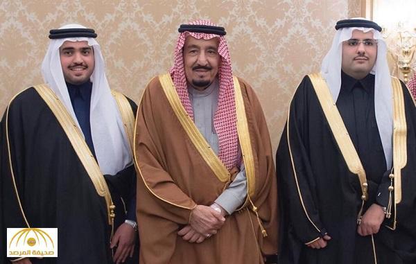 بالصور.. الملك سلمان يحضر حفل زواج نجلي الأمير أحمد بن عبدالعزيز