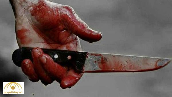 """الإطاحة بأب قتل ابنه بعدة طعنات نافذة بـ """"أبها"""" .. والأجهزة الأمنية تحاول فك طلاسم الحادثة !"""