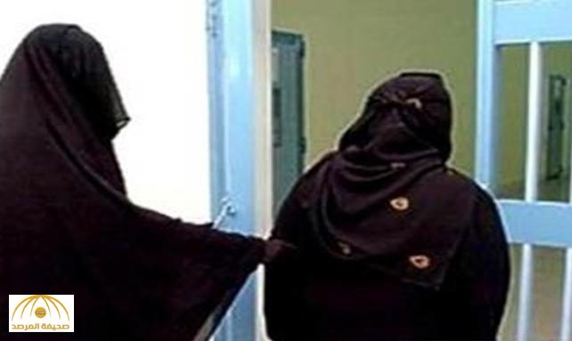 """بعد سجن سبعينية واثنين من محاميها.. """"العدل"""": قرار القاضي مختل!"""