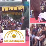 بالفيديو :فتاة تفقد الوعي أثناء تنفيذ حكم جلدها بالعصا في إندونيسيا
