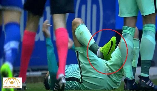 بالفيديو : فيدال يتعرض لكسر خطير بمباراة برشلونة و ألافيس