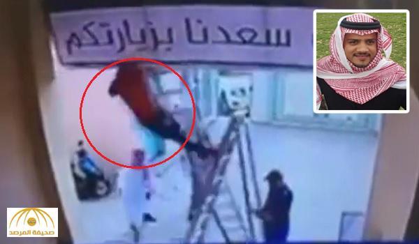في ردة فعل سريعة .. بالفيديو : لحظة إنقاذ معلم لعامل قبل سقوطه على الأرض من أعلى سلم