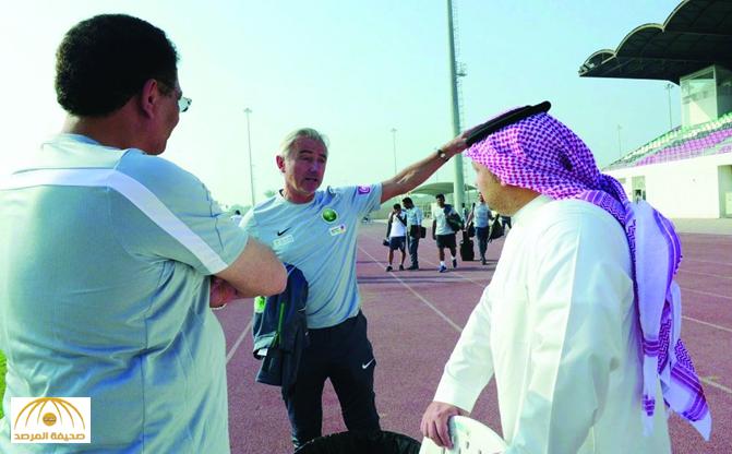 """مدرب المنتخب السعودي: """"كيال"""" دائم الصراخ في اللاعبين ولا أريده على الدكة !"""