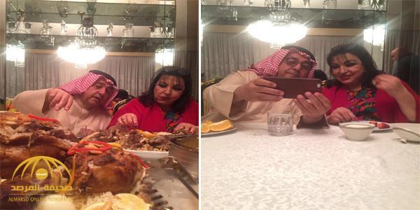 """بالصور : الشريان وسميرة توفيق """"يلتقطان السيلفي ويتناولان الطعام"""" داخل مطعم"""