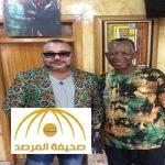 بالصور: أزياء ملك المغرب خلال جولته الأفريقية تشعل التواصل