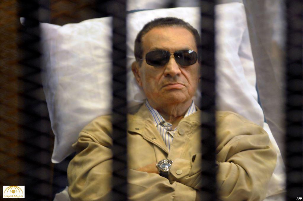 هل يحق لمبارك الترشح لانتخابات الرئاسة المصرية؟.. هذا مصير الرئيس الأسبق بعد حكم البراءة
