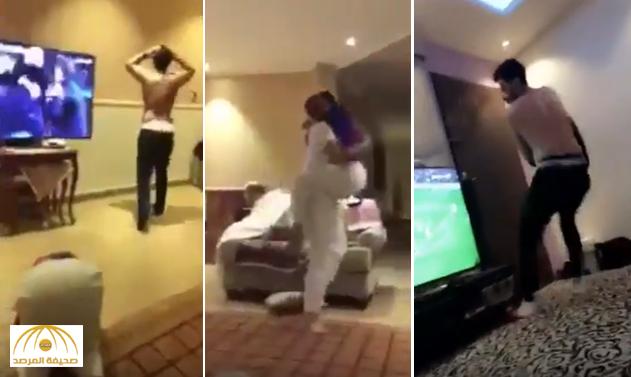 خلعوا ملابسهم.. بالفيديو: فرحة هستيرية لمشجعي برشلونة السعوديين!