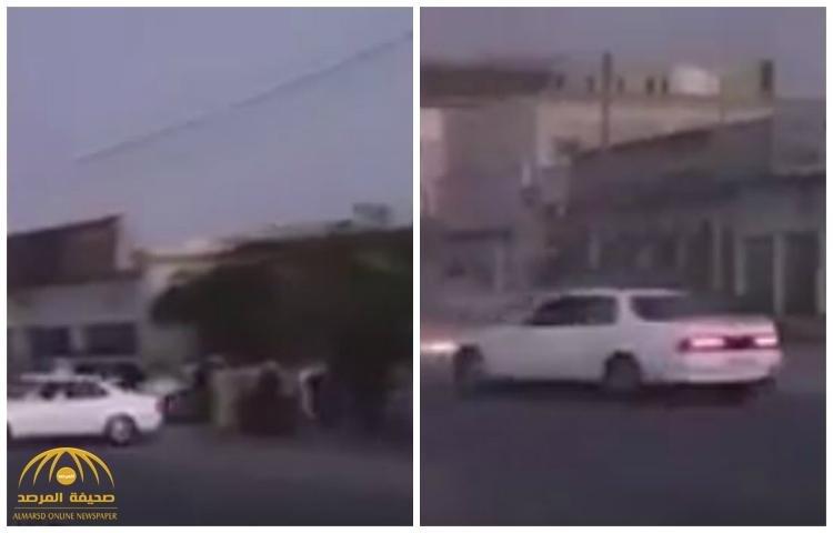 """""""حضروا لمشاهدة استعراضه فوقعت الكارثة """" .. شاهد مفحط عماني يدهس """"الجمهور"""" بسيارته !"""