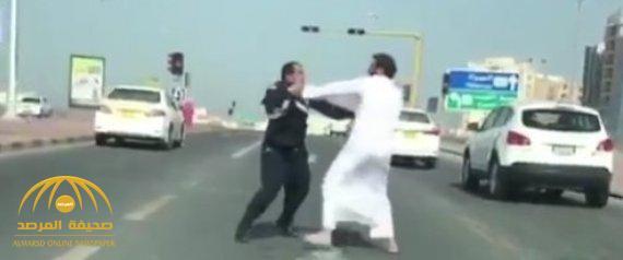 """مفاجأة في قضية المواطن الكويتي المعتدي على الشرطي السعودي.. """"خدم بالحرس الوطني"""" وأحيل للتقاعد لهذا السبب !"""