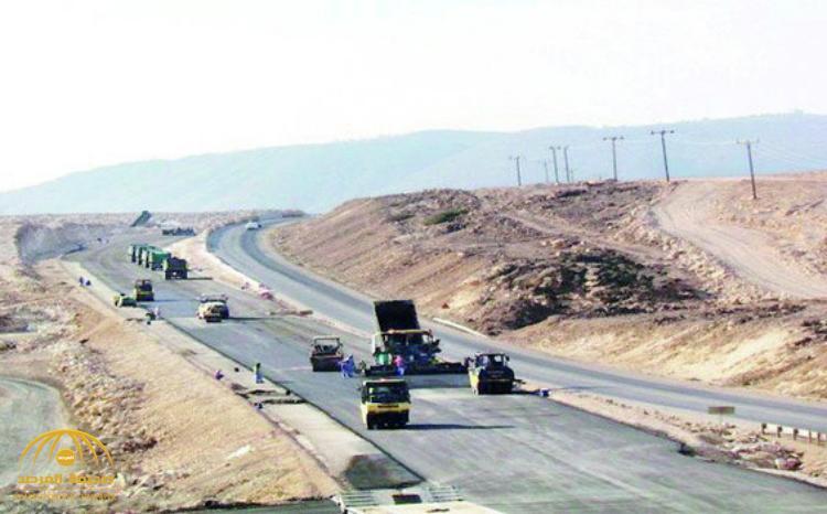 سلطنة عُمان تعلن جاهزية الطريق البري الرابط مع المملكة