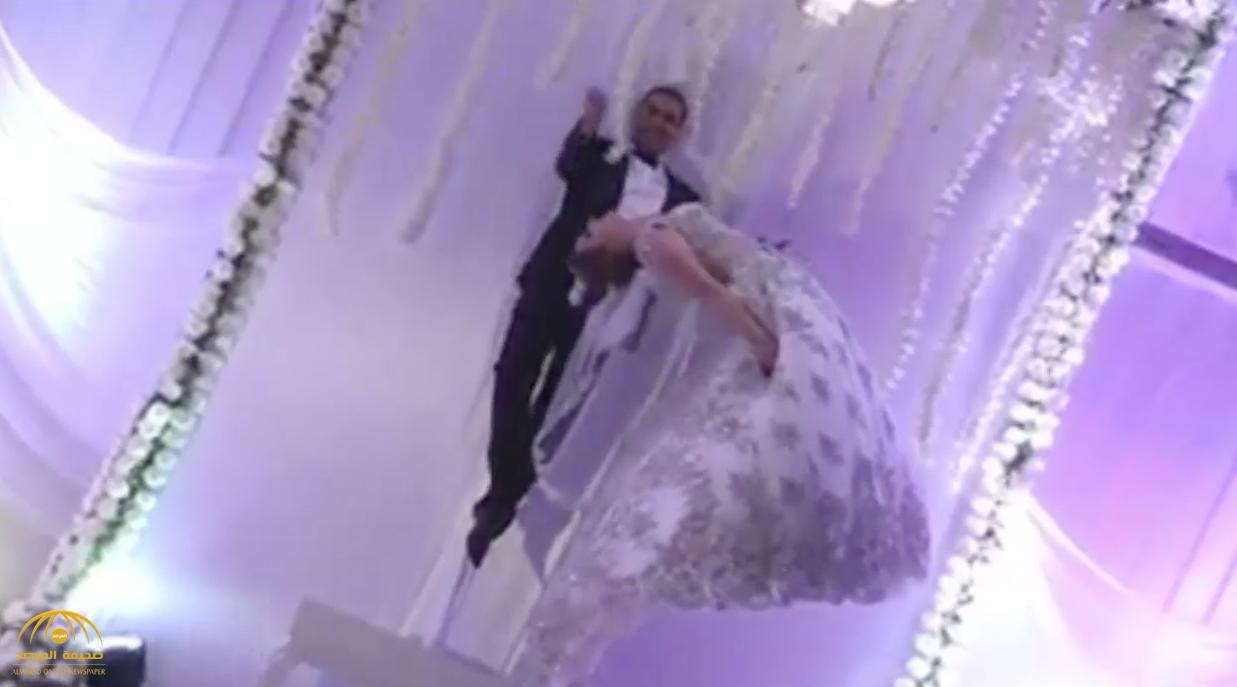 بالفيديو:  ساحر وزوجته في تونس  يحتفلان بعرسهما بالطيران في الهواء  !