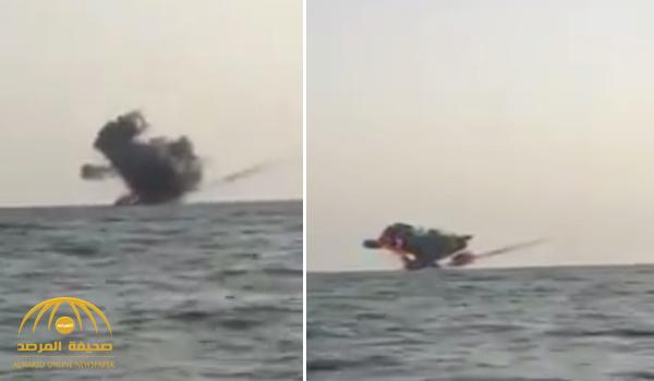 بالفيديو : قوات حرس الحدود تدمر زورقا للميليشيات الحوثية حاول الوصول إلى سواحل جازان