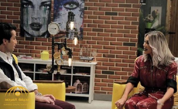 """بالفيديو : فايز المالكي يحرج مايا دياب بسؤال عن """"العيب"""".. فكيف ردت عليه؟"""