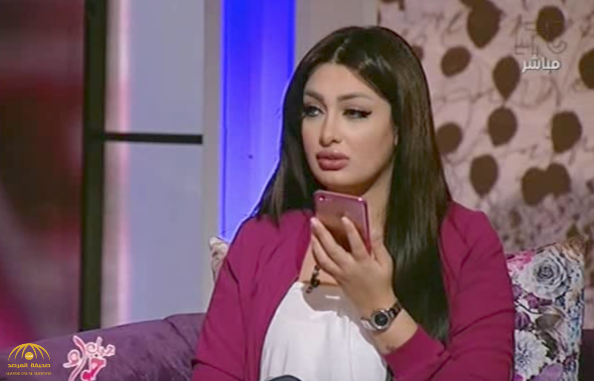 """بالفيديو: طلاق المذيعة المصرية """"هبة الزياد"""" على الهواء !"""