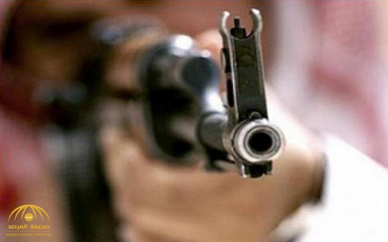 أثناء تأدية مهامهم.. عملية تبادل إطلاق النار مع إرهابيين تسفر عن استشهاد رجل أمن في القطيف وتصيب آخر!