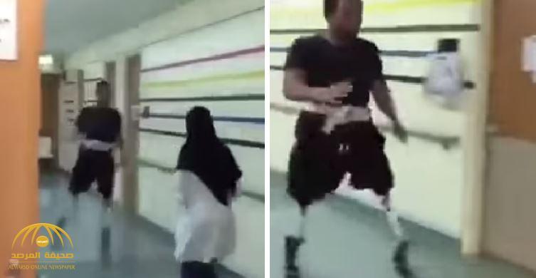 """""""بعدما أثار الجدل"""".. الشاب الذي ظهر يتدرب مع ممرضة على الجري يوضح حقيقة الفيديو المتداول"""