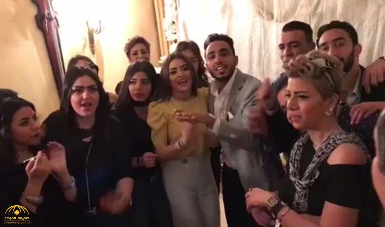 """بالصور والفيديو: كهربا وشدوى الحضري يحتفلان بالخطوبة على أنغام """"5 خمسات"""""""