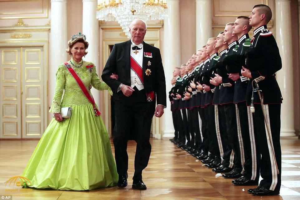 """""""شاهد بالصور""""  احتفال ملك النرويج وزوجته بعيد ميلادهما من داخل القصر الملكي في أوسلو"""