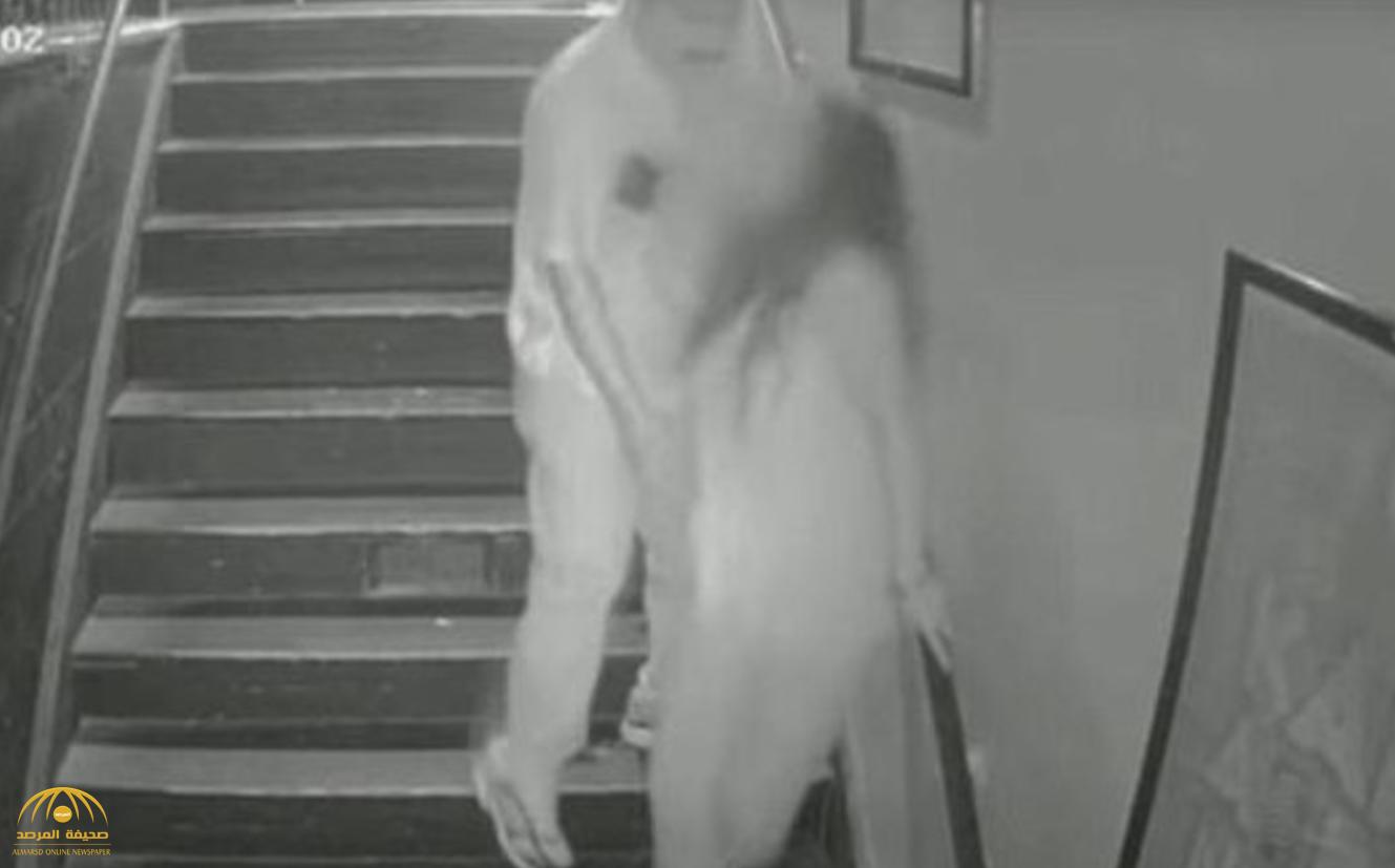 بالفيديو : كاميرا مراقبة توثق لحظة اغتصاب فتاة أمريكية على درج سلم بولاية كاليفورنيا