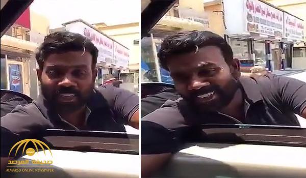 """شاهد .. هندي يتحدث """"اللهجة"""" الإماراتية بشكل متقن"""