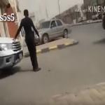 بالفيديو: مشهد على الطريق يُجبر مصري على عقد مقارنة بين الشرطة في بلاده ونظيرتها في السعودية.. ماذا قال؟