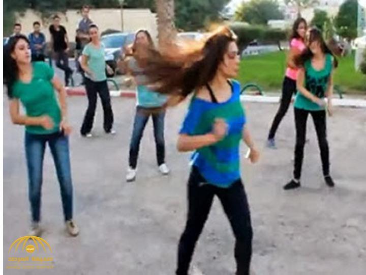 """فيديو : حفلة رقص شرقي داخل جامعة مصرية تثير ضجة على """"التواصل"""".. وإعلامي: أنا شايف أنه يجوز!"""