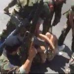 لم تشفع لهن صرخاتهن.. شاهد ماذا فعل الجيش اللبناني بهاتين الفتاتين بعدما طرحهما أرضاً!