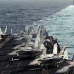 إيران تبتكر طريقة جديدة لاستفزاز السفن والمروحيات الأميركية في مضيق هرمز