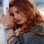 شاهد: الفنانة العراقية شذى حسون أثناء أداء مناسك العمرة- صور