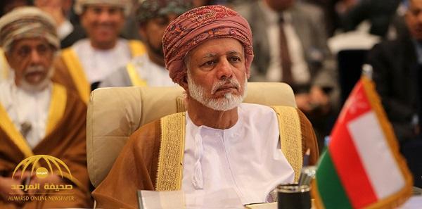 """وزير الخارجية العماني يصل قطر في زيارة """"غير معلنة"""""""