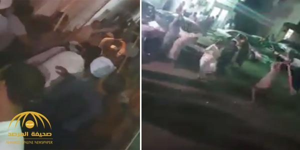 بالفيديو : مضاربة جماعية بالعصي في حارة المصريين بجدة