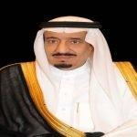 """خادم الحرمين  يعزي أسرة """"آل الشيخ"""" في وفاة عبد العزيز بن عبد الرحمن"""