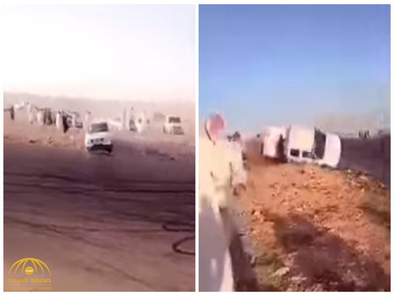 """بالفيديو:شاهد شاب ينجو بأعجوبة من """"الموت"""" بعد أن انقلبت فوقه سيارة مفحط!"""