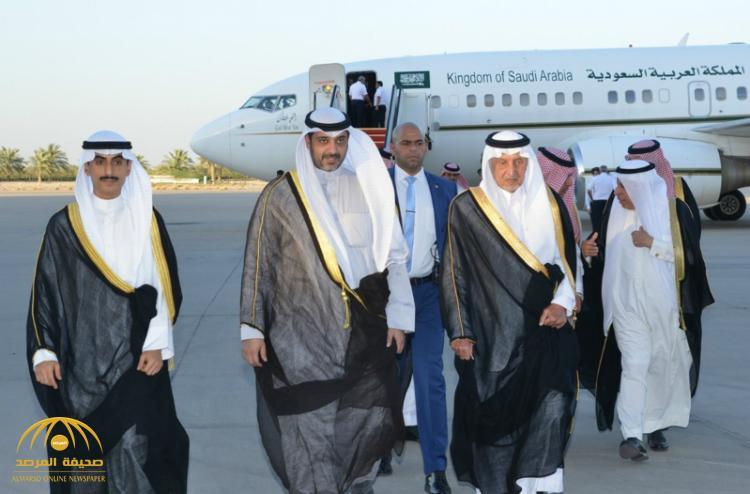 خالد الفيصل يصل الكويت في زيارة قصيرة