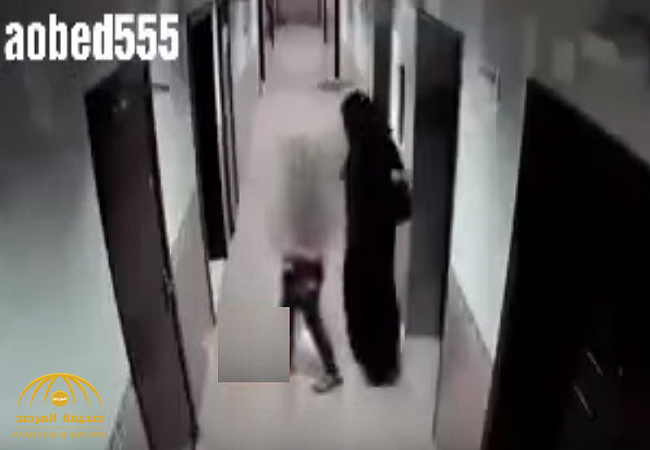 شاهد:رجل متنكر بزي امرأة يختطف طفلاً ويغتصبه ثم يقتله خنقاً في بناية بأبوظبي