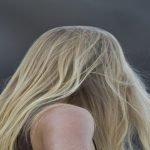 بالصور: روسية لم تقص شعرها منذ 14 عاما..شاهد كيف أصبحت !