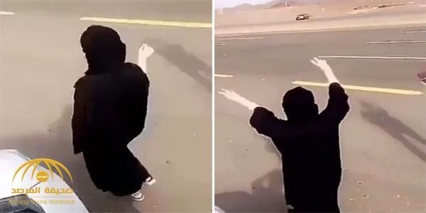 شاهد .. فتاة ترافق شباب وتشجعهم في ساحة تفحيط