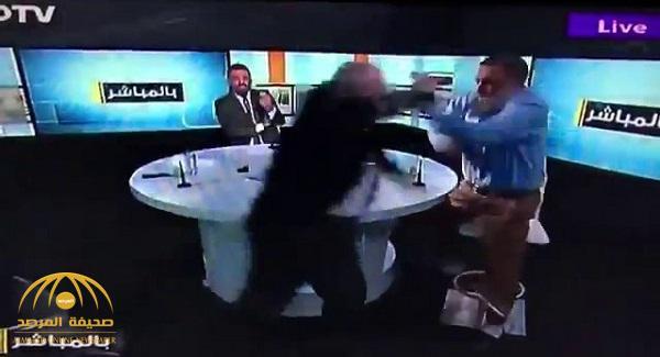 شاهد .. مضاربة في برنامج حواري على الهواء بسبب سوريا
