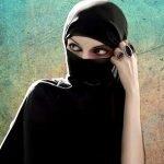 """بعد انتشار مقاطع عارية عبر حسابها بالكويت.. """"خشفة العجمية"""" تفجر مفاجأة !"""
