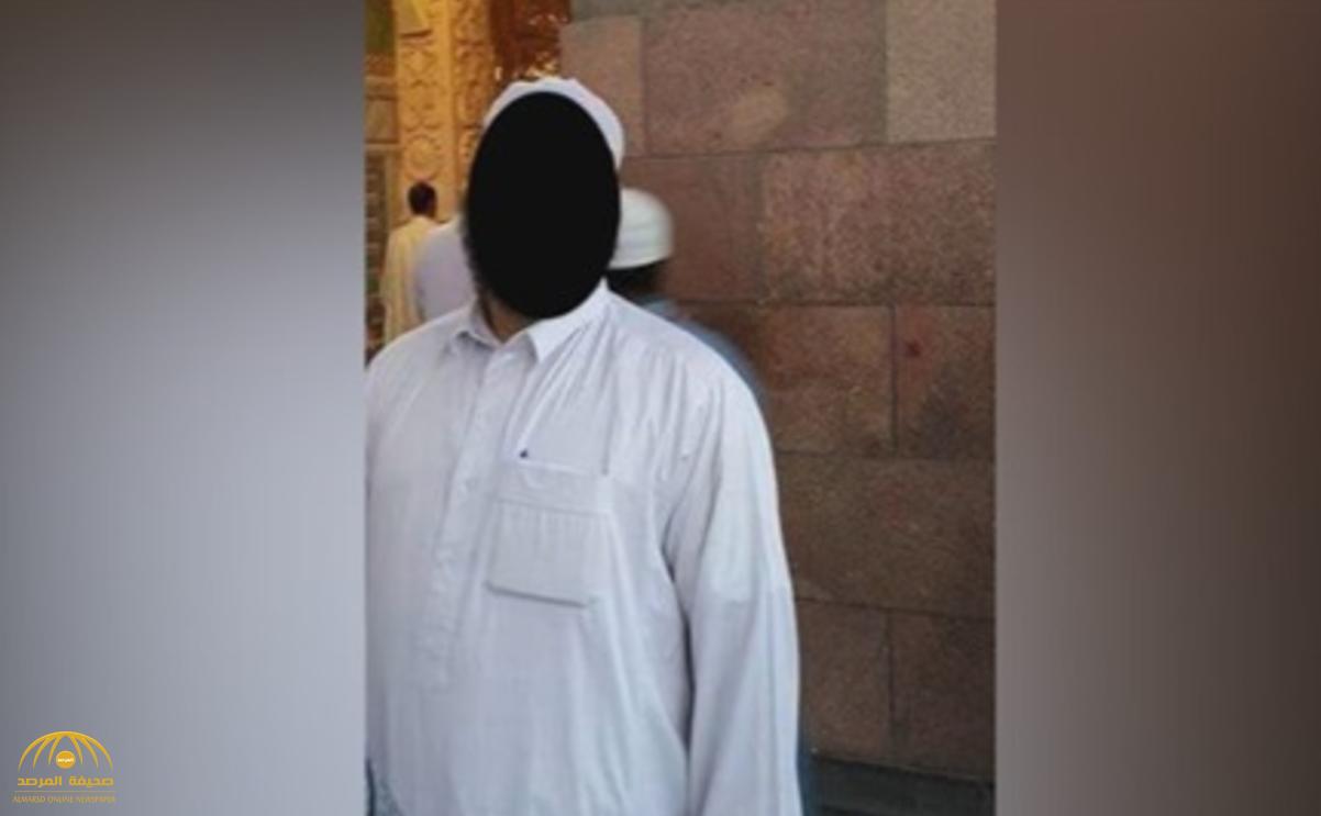 """داعية مصري يستدرج فتاة  خلال جروب ديني على """"الفيس بوك"""" ويغتصبها!"""
