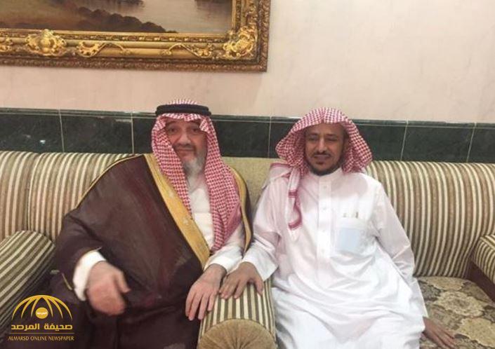 """بالصور: الأمير خالد بن طلال يزور الشيخ """"البريك"""" في منزله بالرياض عقب خروجه من السجن"""
