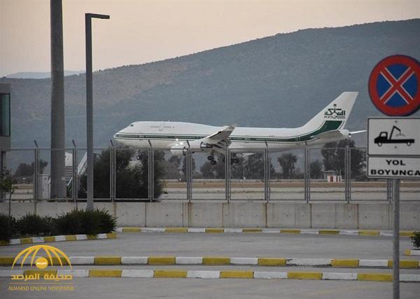 بالصور.. الأمير الوليد بن طلال وأسرته يصلون إلى تركيا لقضاء إجازة وسط إجراءات أمنية مشددة
