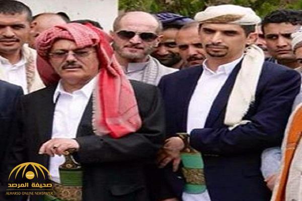 """""""شكلها ولعت"""" .. الحوثيون يقتلون مدير مكتب نجل المخلوع باشتباكات صنعاء"""