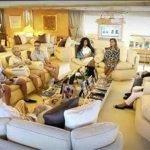 """شاهد """"الوليد بن طلال"""" يجتمع مع وزيرة مصرية على يخته بـ """"الشورت"""" – صورة"""