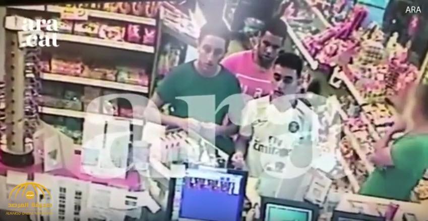 شاهد:المشتبه بهم القتلى في هجوم كامبرليس الإسبانية بمحطة للوقود قبل تنفيذ الهجوم بساعات!