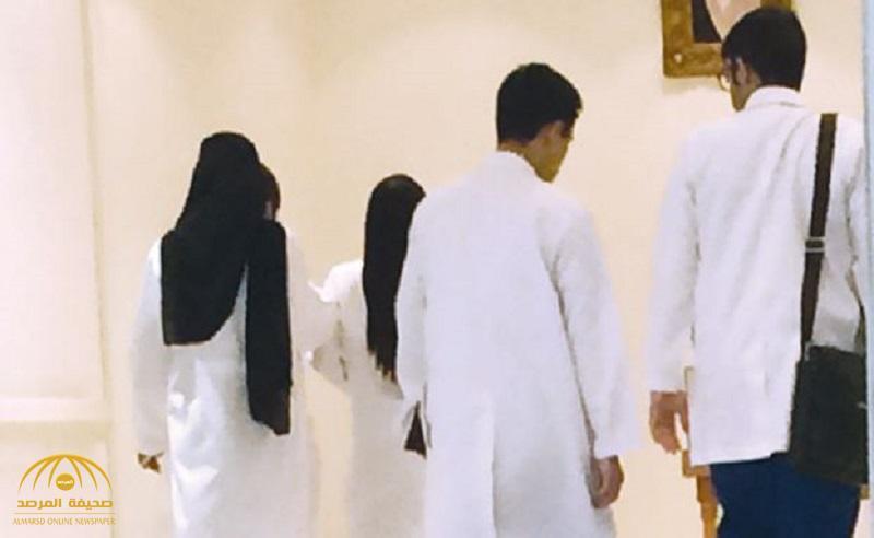 أطباء امتياز سعوديين يعملون في المستشفيات بدون رواتب.. وهذه قصة معاناتهم!