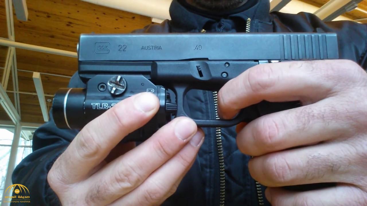"""السلاح المستخدم كان""""مفاجأة""""..الإطاحة بمتهم تخصص في الاستيلاء على أموال الوافدين بجازان"""