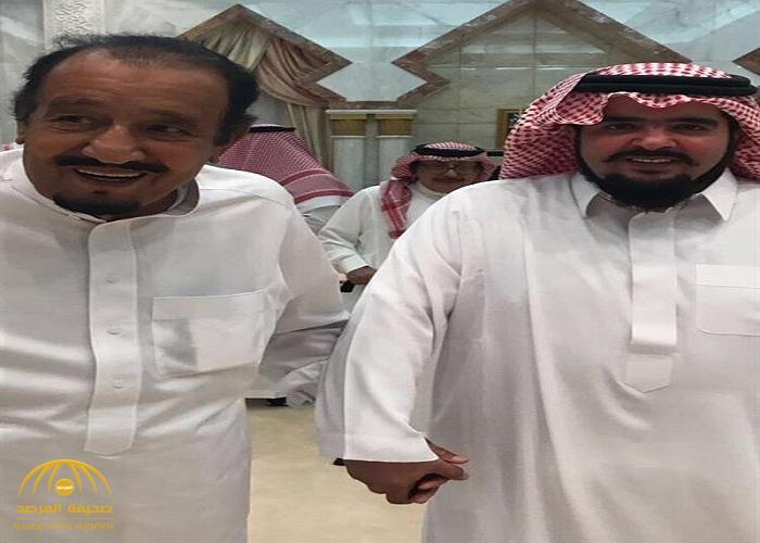 الأمير عبدالعزيز بن فهد ينشر صورة له مع خادم الحرمين في منى-صور