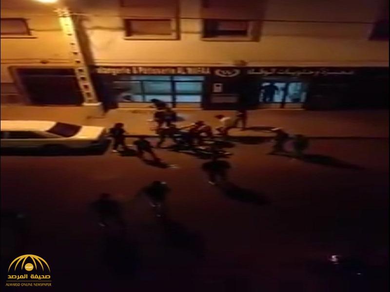 """""""سفارة المملكة"""" في المغرب توضح الحقيقة حول مقطع فيديو متداول عن مقتل سعودي وتقطيعه بالساطور على يد مغاربة!"""