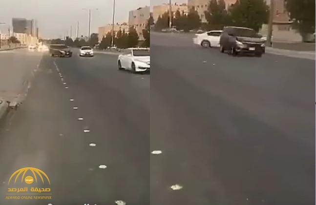 شاهد بالفيديو: حوادث متكررة..مفحط يتسبب في اصطدام سيارة أخرى بشجرة